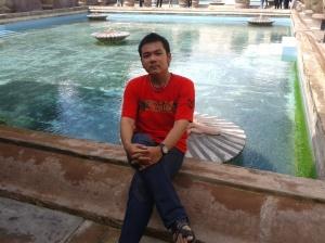 Pemandian Raja zaman dahulu di Taman sari, pengunjung dilarang mandi atau berenang di tempat tersebut