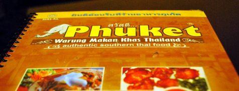 Restoran Thailand yg enak dan selalu ramai, jangan kelewatan cobain Sup Tom Yam nya ya kawans :D